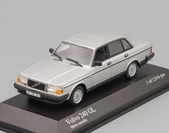 VOLVO 240 GL (1986), silver metallic