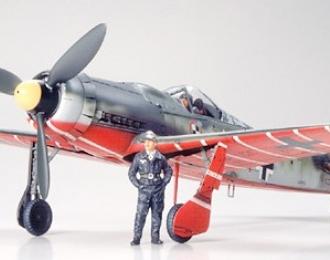 Сборная модель  Focke Wulf Fw190 D9 JV44