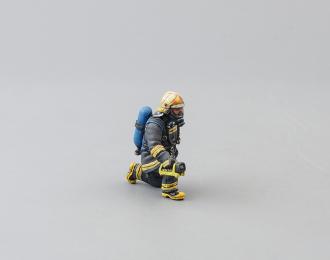 Фигурка Пожарный, газодымозащитник