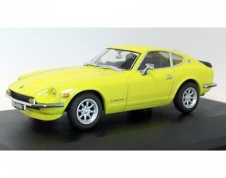 DATSUN 240Z (1970), yellow