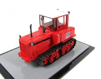 """ДТ-75 """"Почтальон"""", трактор (красный, чистый)"""