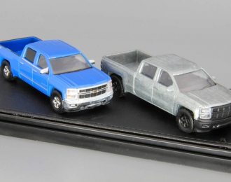 набор CHEVROLET Silverado Customer Pick-up (2014), blue and silver