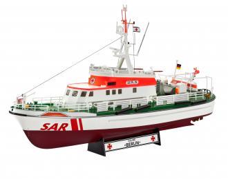 """Сборная модель """"Катер DGZRS Berlin с вертолётом Sea King"""" (Подарочный набор)"""