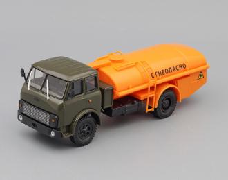 """(Уценка!) МАЗ ТЦ-7.5 Топливозаправщик """"Огнеопасно"""", зеленый / оранжевый"""