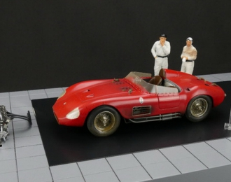 Maserati 300S Dirty Hero ® 1955 Red (Including Engine 2 Figurines Miniature Award And Exclusive Showcase) Limited Edition 1000 pcs.