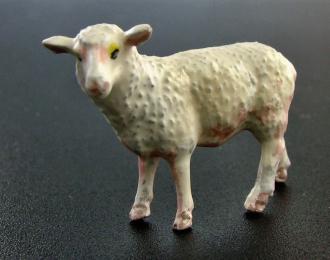 Фигурка Овца (окрашенная). Вариант 1