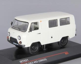 УАЗ 452 (1980), светло-серый