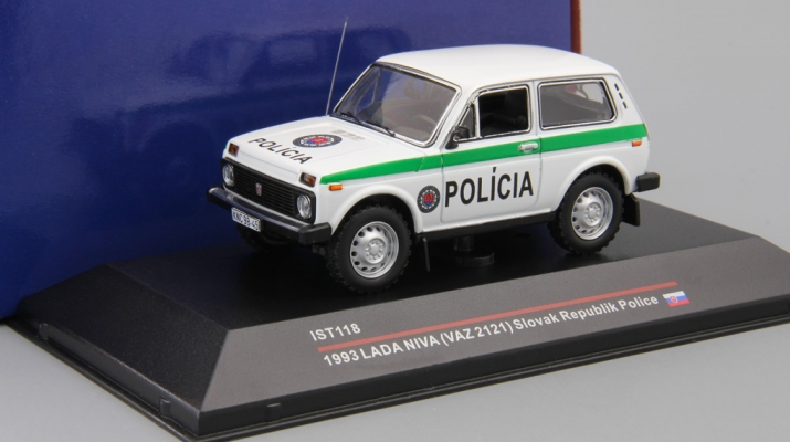 LADA NIVA 4X4 Policia (1993), white