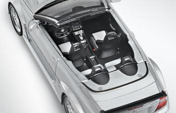 MERCEDES-BENZ AMG CLK-Class Coupe Cabriolet DTM C209 (2005), silver