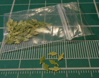 Листья для диорам Дуб зеленый