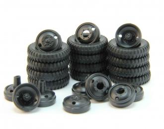 Резина, диски для ЗиС-6 (комплект из 12 штук)