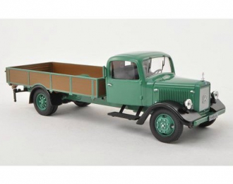 MERCEDES-BENZ L3000 pick up w. sacks, dark green