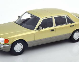 Mercedes-Benz S-Class (W126) - 1985 (distel green)