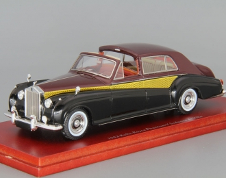 ROLLS-ROYCE PHANTOM V Sedanca de Ville (1962), black / cherry