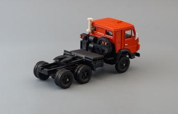 Камский грузовик 5410 седельный тягач, красный / черный