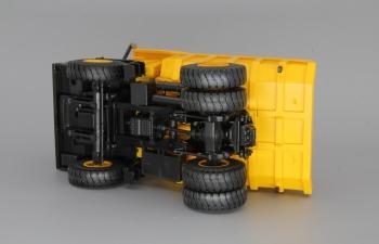 БелАЗ-540 самосвал, желтый