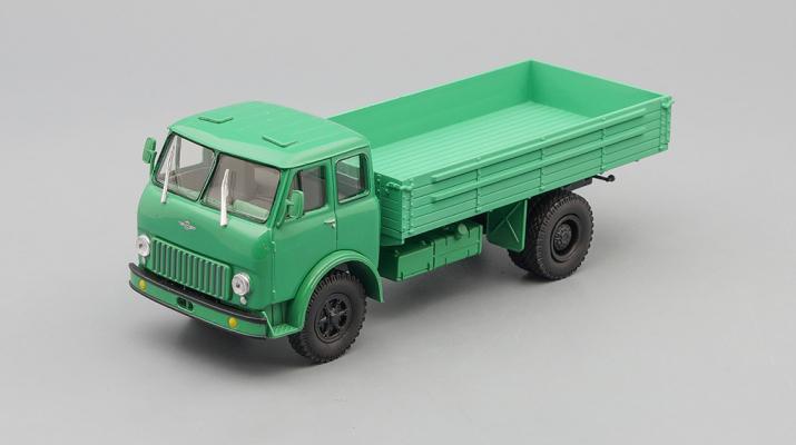 МАЗ 500 бортовой, светло-зеленый