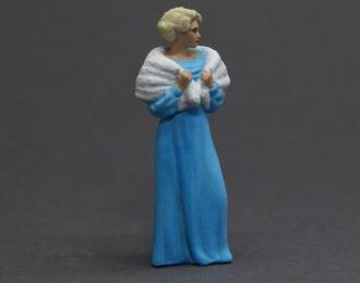 Фигурка Фрау Лили (в голубом платье)