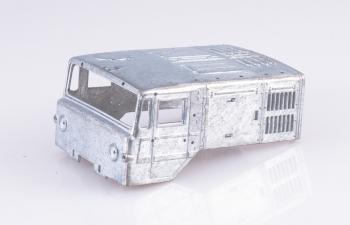 Сборная модель МАЗ-537 с полуприцепом ЧМЗАП-5247Г