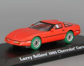 """CHEVROLET Corvette C4 1985 машина Ларри Селлерса (из к/ф """"Большой Лебовски""""), red (зеленые колеса!)"""