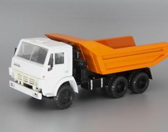 КАМАЗ 5511 самосвал (продольные ребра), белый / оранжевый
