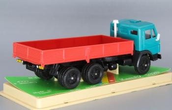 Камский грузовик 5320 бортовой (ранний), зеленый / красный