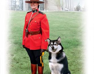 Сборная модель Фигура, Офицер Королевской Канадской Конной Полиции с собакой
