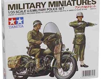Сборная модель Американские военные полицейские, 2 фигуры и мотоцикл