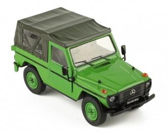 MERCEDES-BENZ 240 G-Klasse SWB Softtop (W460) 1986 Green