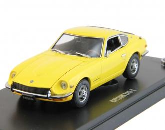 DATSUN 240 Z, yellow