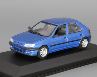 PEUGEOT 306 4-Door Saloon (1995), blue metallic