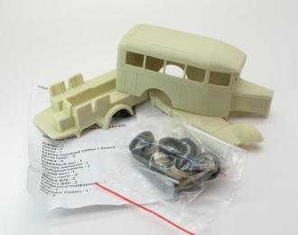 Сборная модель Горький 03-30/33 грузопассажирское такси