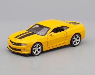 CHEVROLET Camaro, yellow