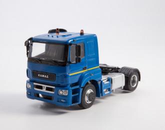 Камский грузовик 5490-S5 седельный тягач, синий