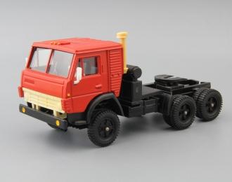 Камский грузовик 5410 тягач, красный