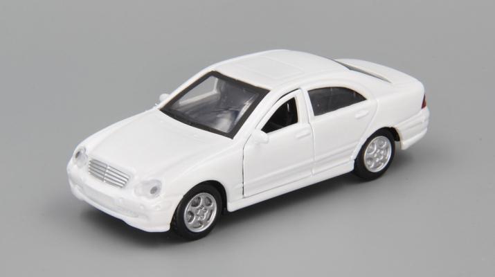 MERCEDES-BENZ C-Class, white