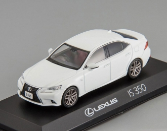 LEXUS IS350 F Sport, white