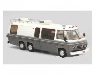 GMC Motorhome (кемпер) 1976 White/Metallic Grey