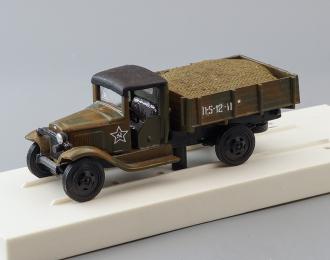Горький-ММ бортовой односкатный с грузом, хаки, камуфляж