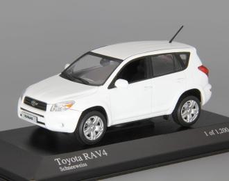 TOYOTA RAV4 (2006), white