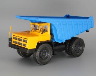 БелАЗ-7527 самосвал-углевоз, желтый / синий
