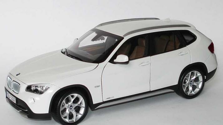 BMW X1 xDrive 28i E84 (2009), alpine white