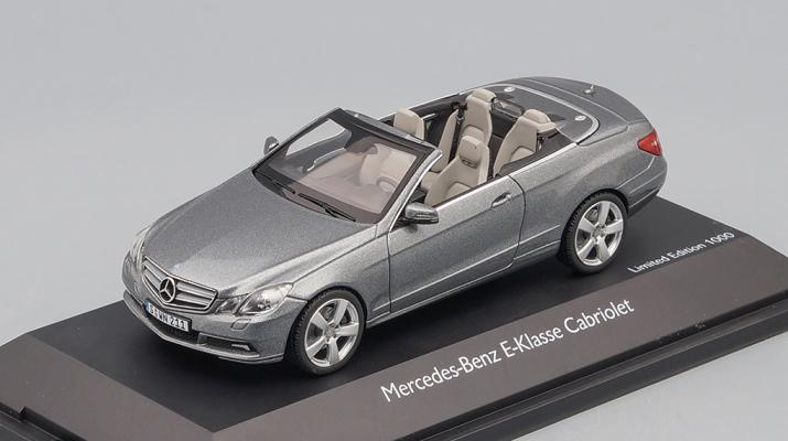 МERCEDES-BENZ E-Klasse Cabriolet A207 (2010), silver