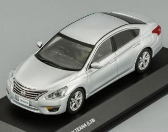NISSAN Teana (L33) silver