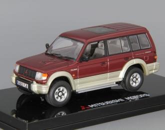 MITSUBISHI Pajero 2800 Intercooler Turbo Diesel Long (1993), red