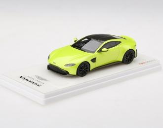 Aston Martin Vantage 2018 (lime / black)