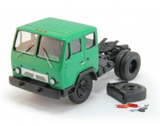 КАЗ-608В седельный тягач, зеленый