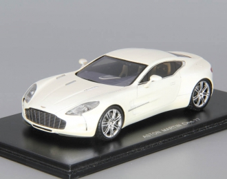 ASTON MARTIN One 77, white