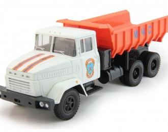 КРАЗ 6510 самосвал МЧС, белый / оранжевый