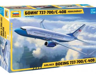 Сборная модель Пассажирский авиалайнер Боинг - 737-700